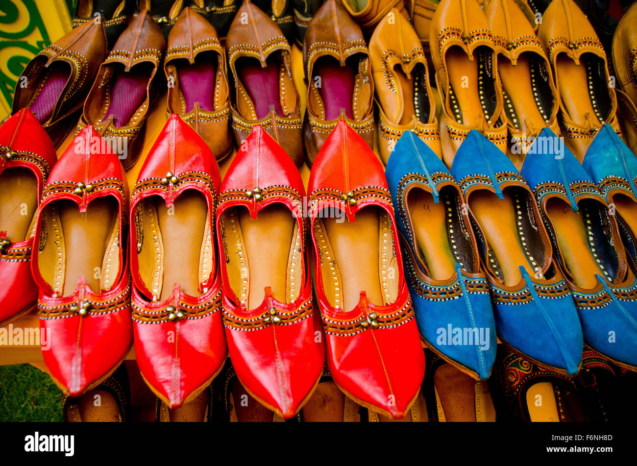 69fb790cdc20 Traditional leather shoes