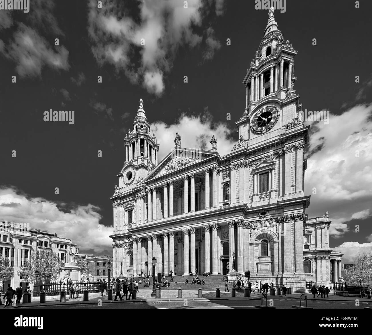 St Paul's Cathedral in London designed by Sir Christopher Wren Stock Photo