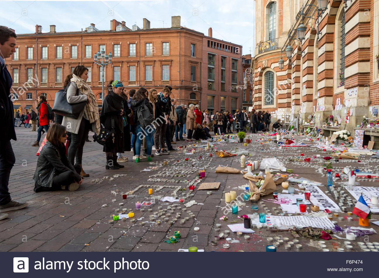 toulouse france november 17th 2015 france toulouse people pay stock photo 90226056 alamy. Black Bedroom Furniture Sets. Home Design Ideas