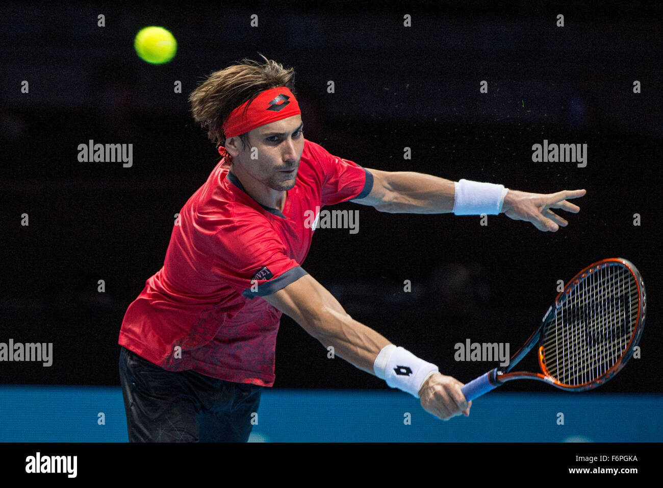 15.11.2015. The O2, London, England. ATP Tennis Tour Finals. Day 4. David Ferrer (ESP) [7] in action in his match Stock Photo