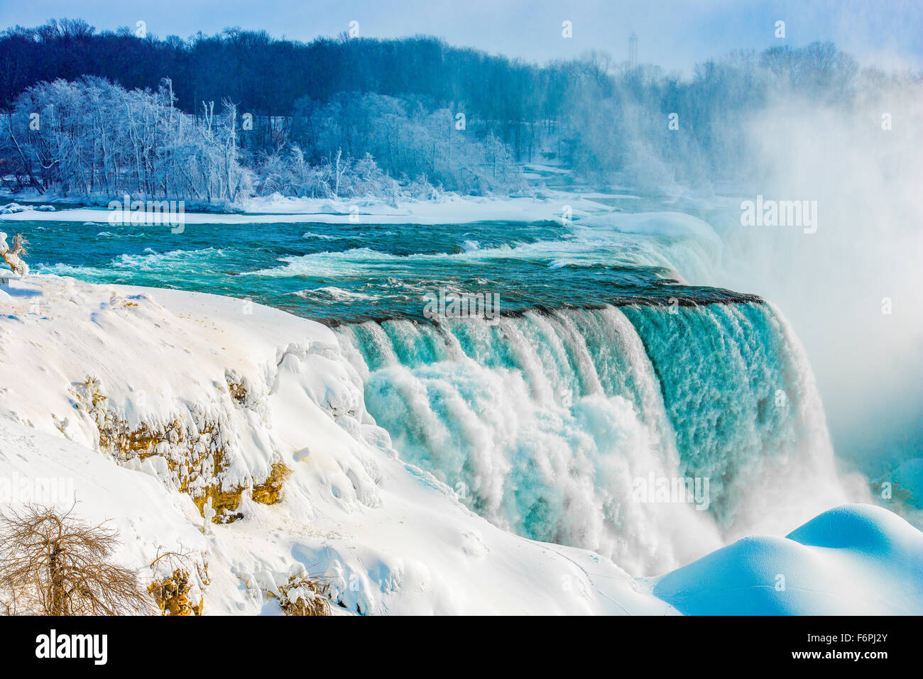 Niagara Falls in winter, Niagara Falls State Park, New York, American Falls and BRidalveil Falls - Stock Image