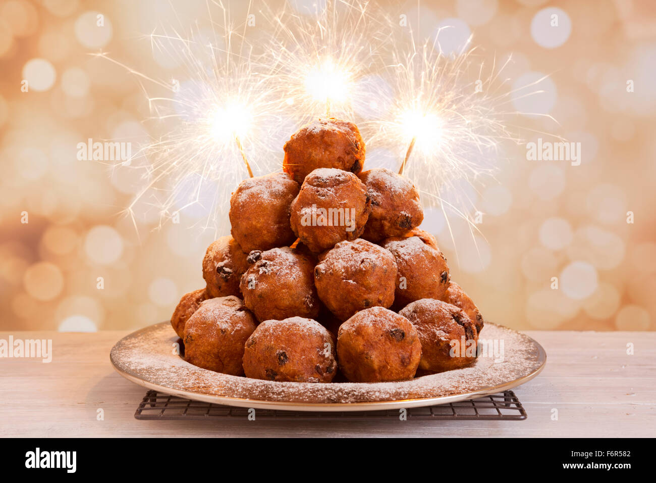 'Oliebollen', traditional Dutch pastry for New Year's Eve. - Stock Image