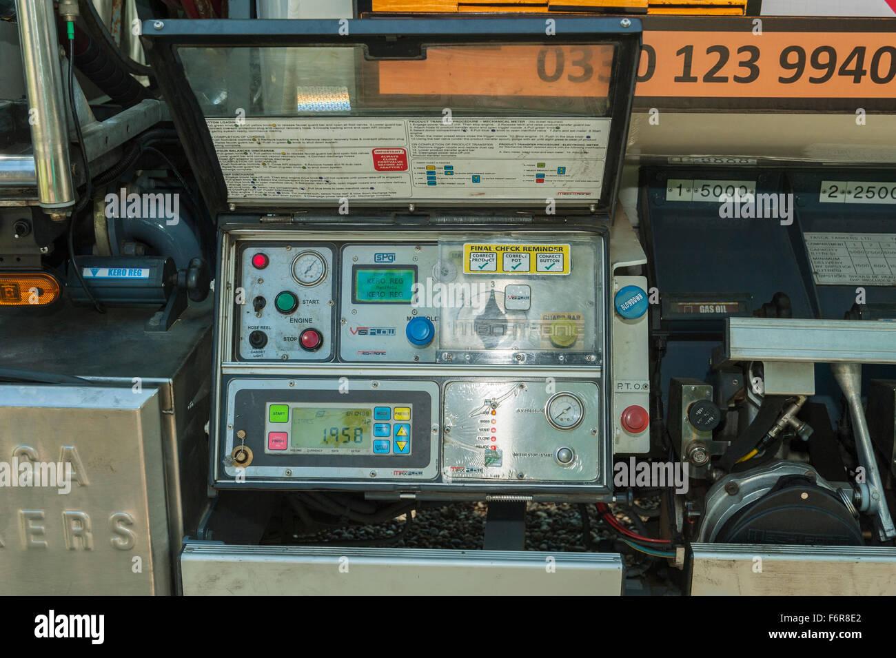 Heating Controls Stock Photos & Heating Controls Stock Images - Alamy