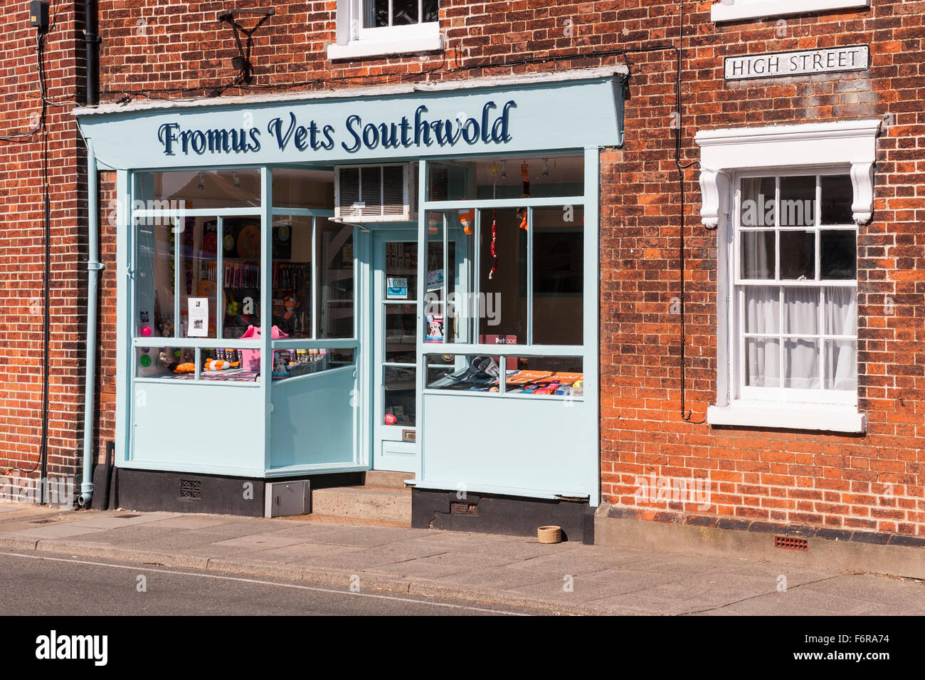 Fromus Vets in Southwold , Suffolk , England , Britain , Uk - Stock Image
