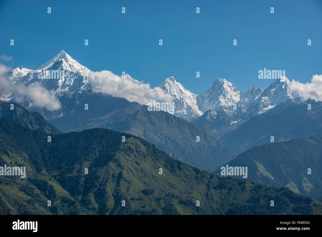 The Panchchuli peaks are a group of five snow-capped Himalayan peaks lying at the end of the eastern Kumaon region. - Stock Image