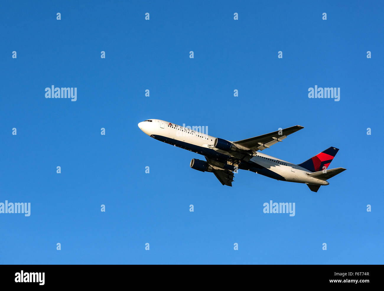 Delta Airline jet taking off from the Atlanta airport hub, Georgia, USA - Stock Image