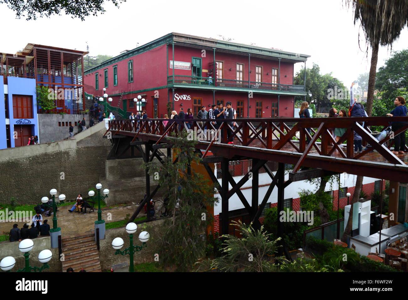 Bridge of Sighs / Puente de los Suspiros and colonial building in Barranco district, Lima, Peru Stock Photo