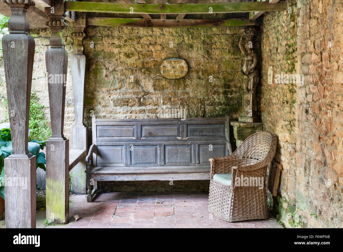 Hidcote Manor Garden, Gloucestershire, UK, made by Lawrence Johnston in the early 20c. The summerhouse - Stock Image