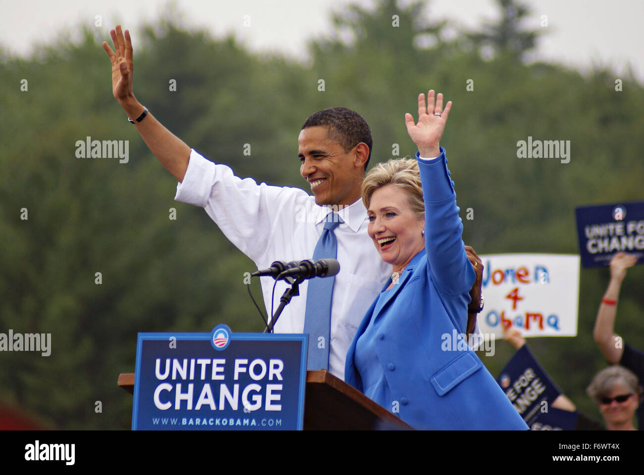 Senator Hillary Rodham Clinton campaigns together with Democratic Presidential candidate Senator Barack Obama during - Stock Image