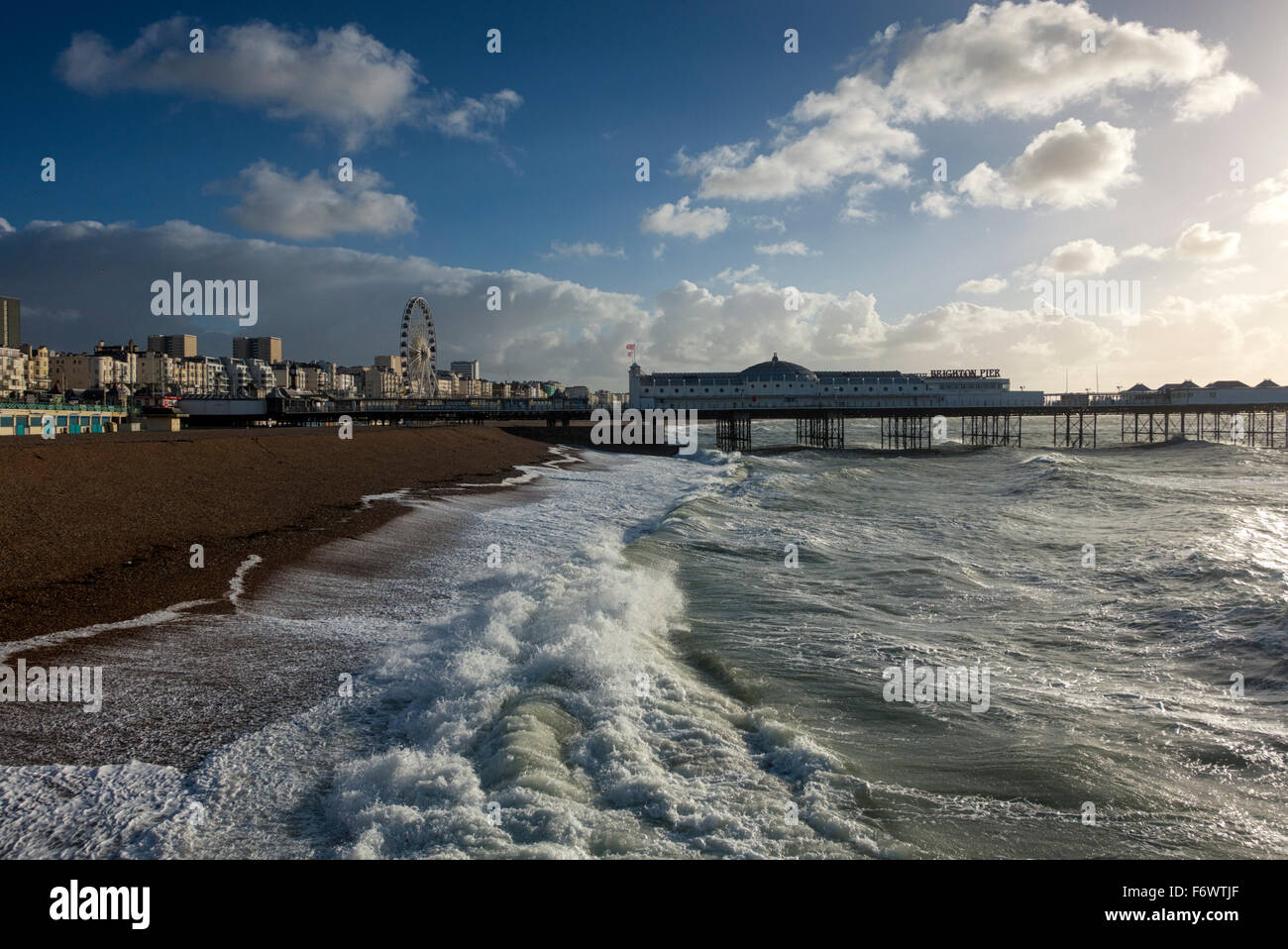 Stormy waters: Brighton Pier, Sussex - Stock Image