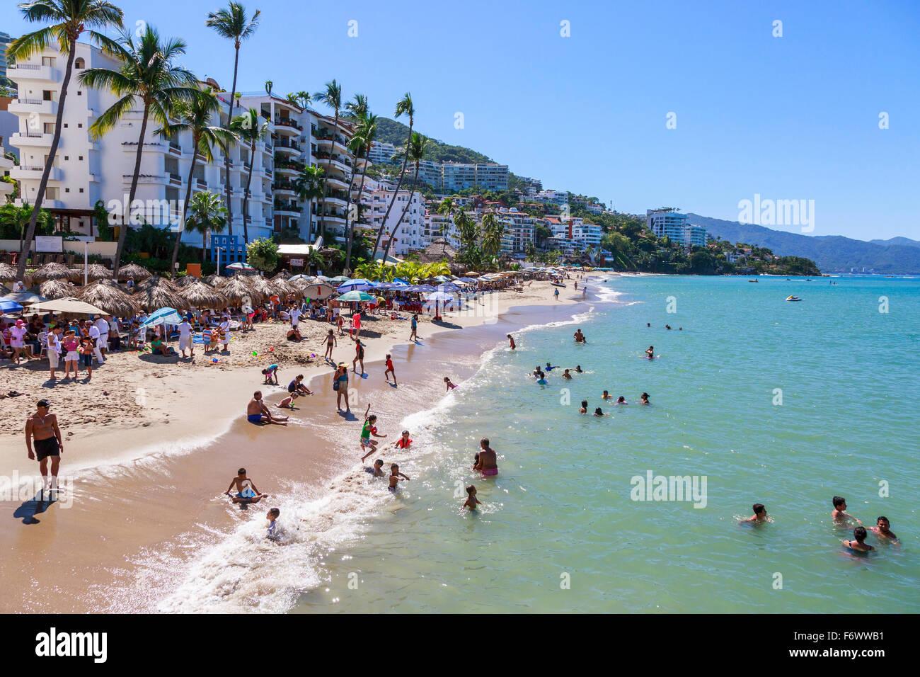 Beach at Zona Romantica, old town of Puerto Vallarta, Mexico - Stock Image
