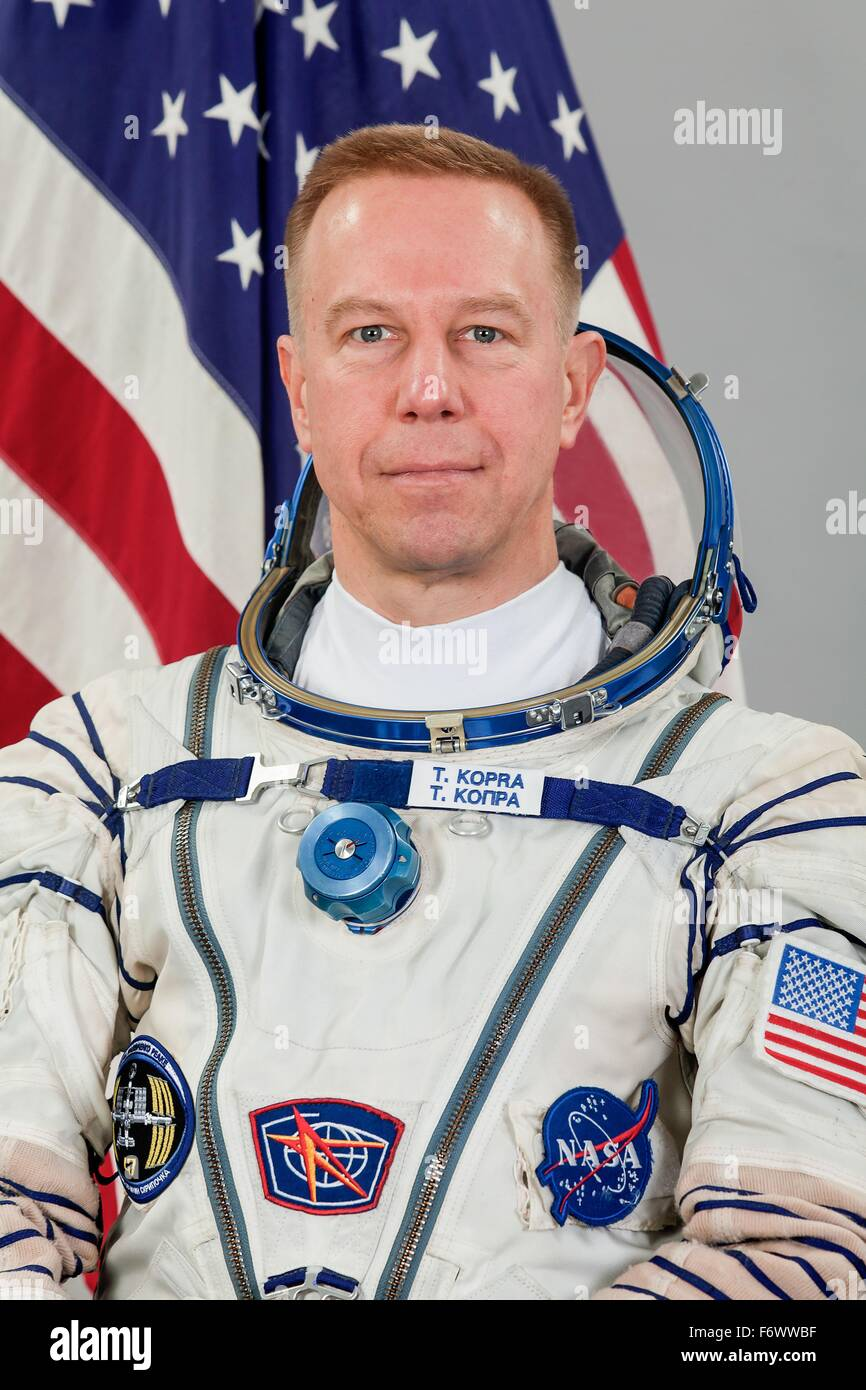 NASA astronaut and Expedition 47 Commander Timothy Kopra official portrait wearing the Russian Sokol space suit - Stock Image