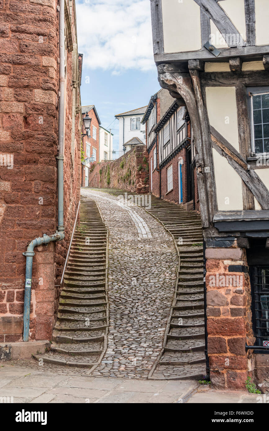 Half-timbered house at Stepcote Hill in the old town of Exeter, Devon England, UK | Fachwerkhaeuser am Stepcote - Stock Image