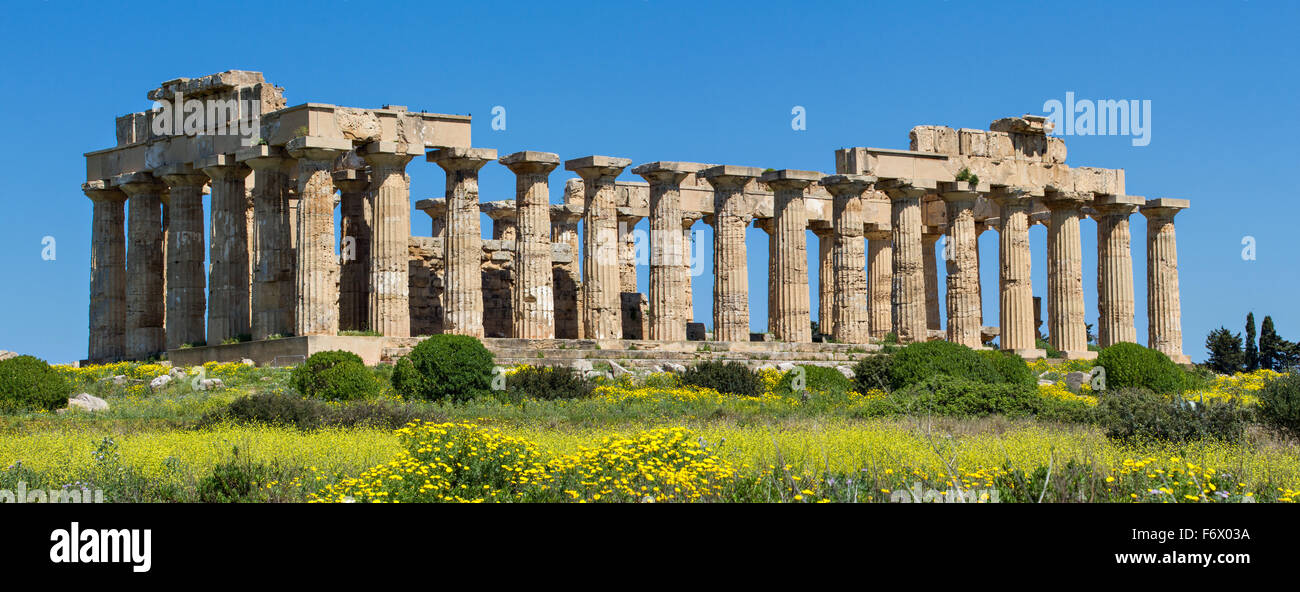 Panorama of the temple of Selinunt, Sicily, Italy - Stock Image