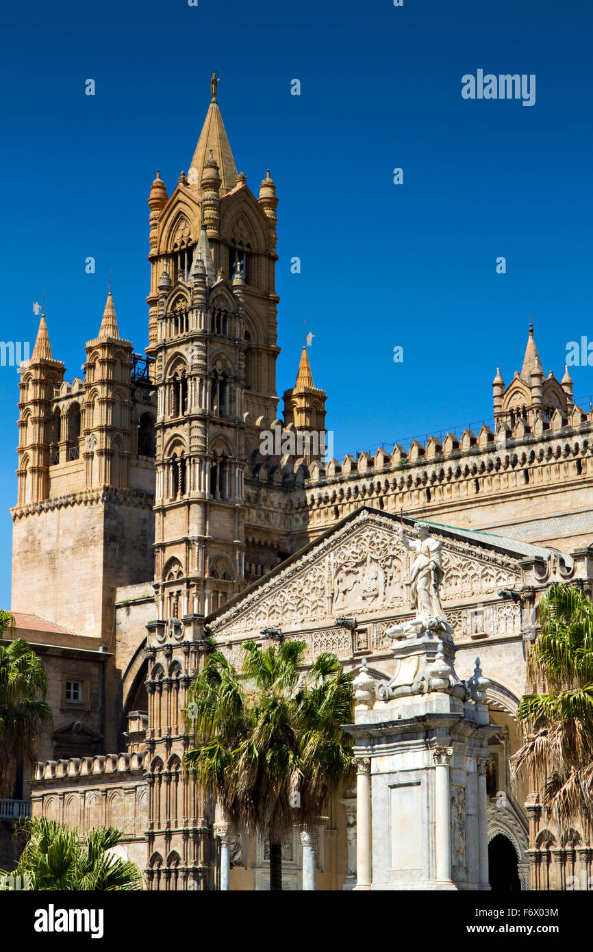 Belltower of the Cathedral of Palermo, Sicily, Italy - Stock Image
