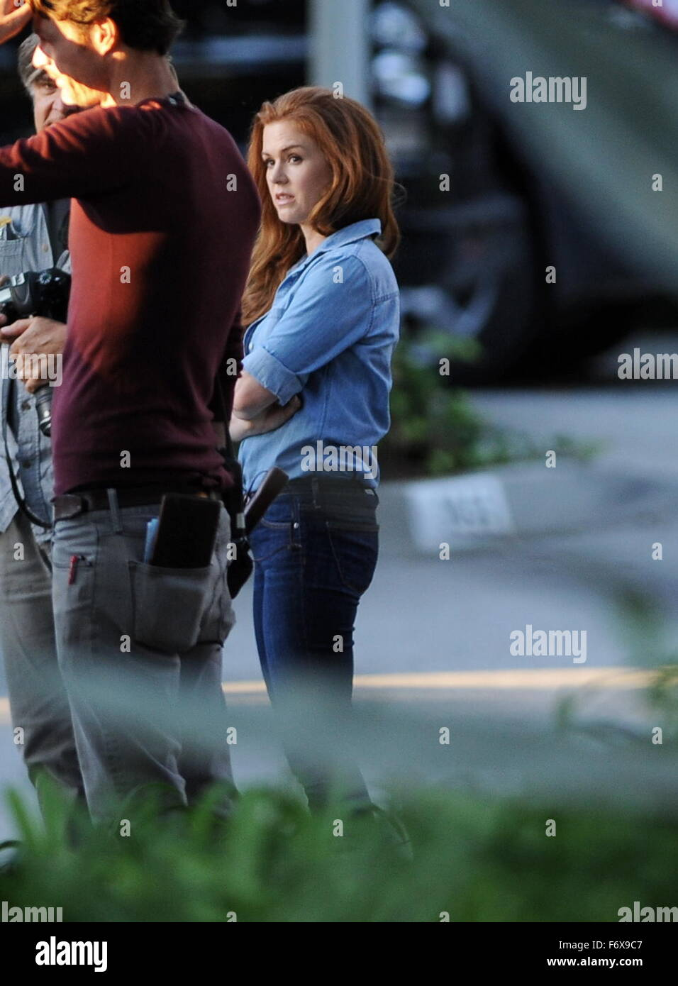 Image of: Amy Adams Actress Isla Fisher Filming Scene With Co Star Jake Gyllenhaal For Their New Drama Movie Alamy Actress Isla Fisher Filming Scene With Co Star Jake Gyllenhaal For