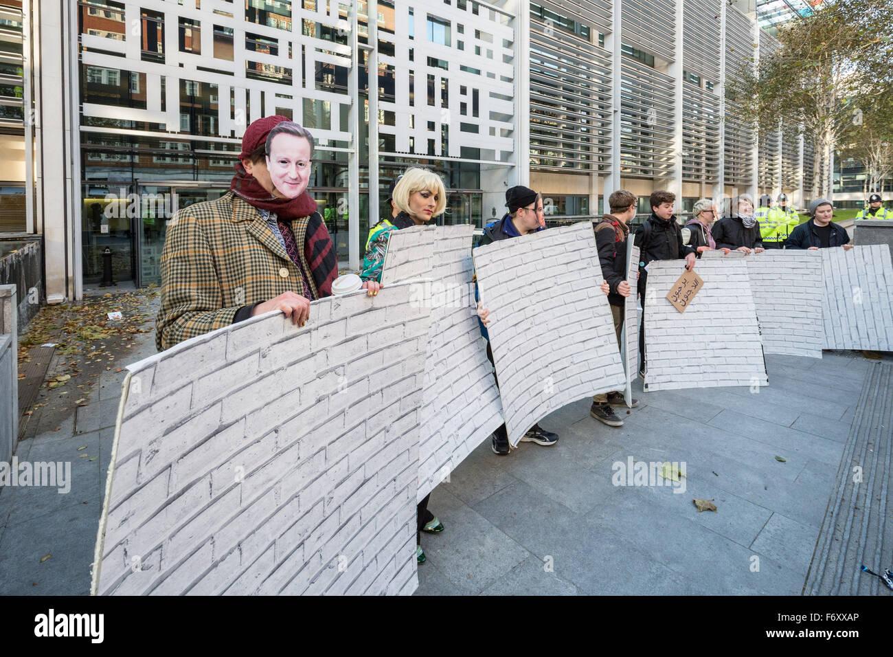 "London, UK. 21st November, 2015. ""No Borders No Bigots"" LGBTI ..."