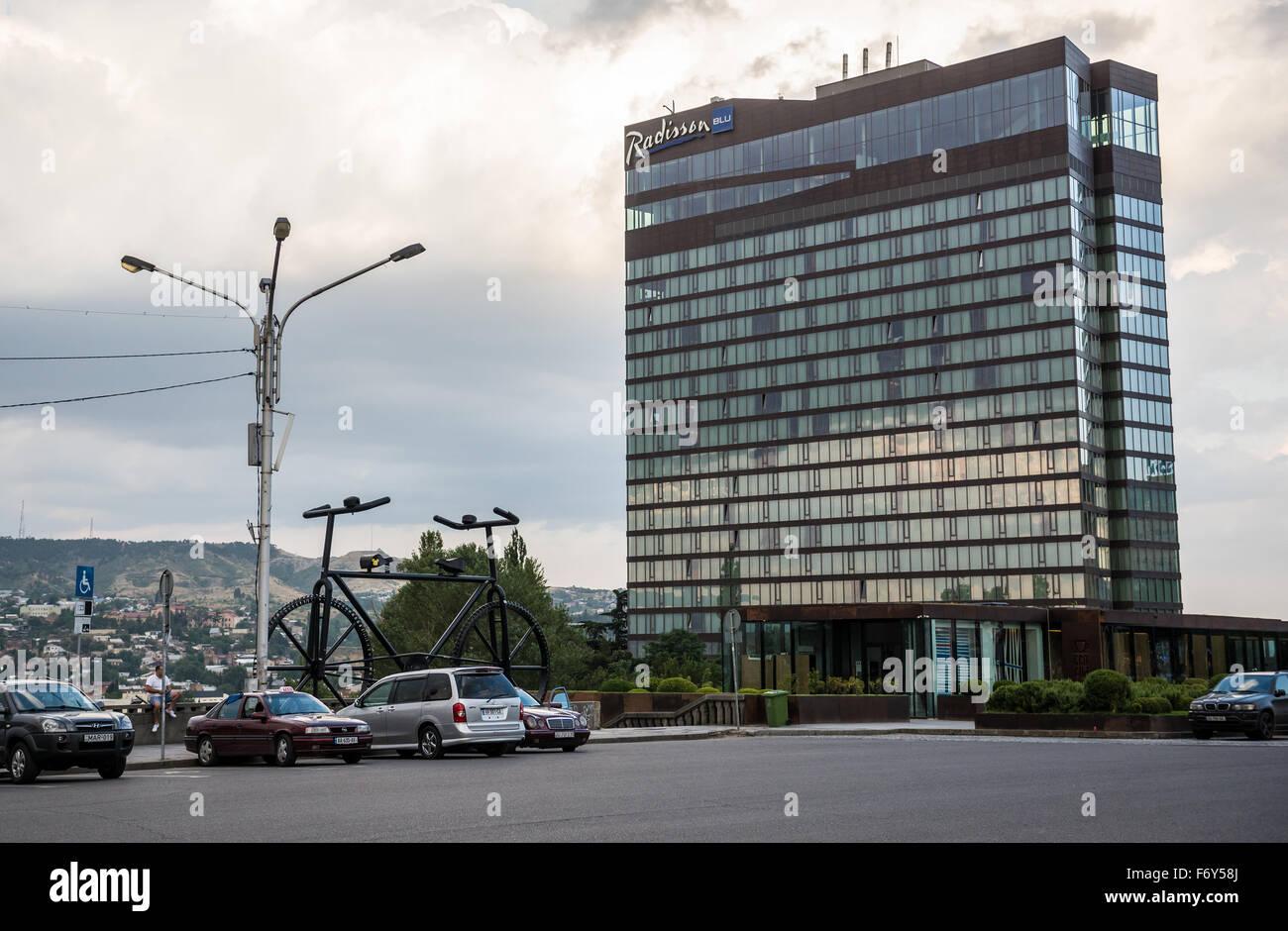 Radisson Blu Iveria Hotel at Rose Revolution Square in Tbilisi, capital of Georgia - Stock Image