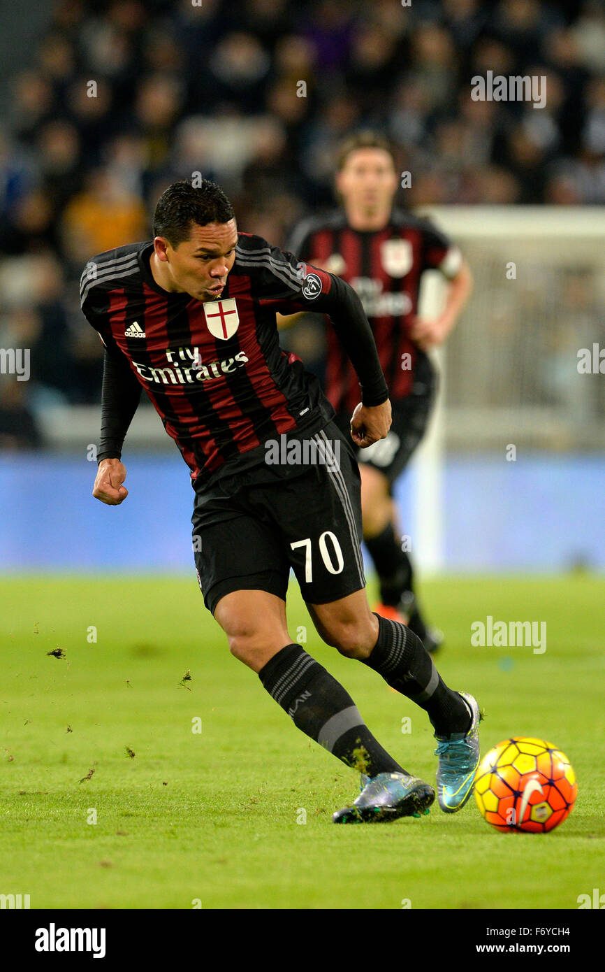 Turin, Italy. 21st Nov, 2015. Serie A Football. Juventus versus AC Milan. Carlos Bacca on the ball Credit:  Action Stock Photo