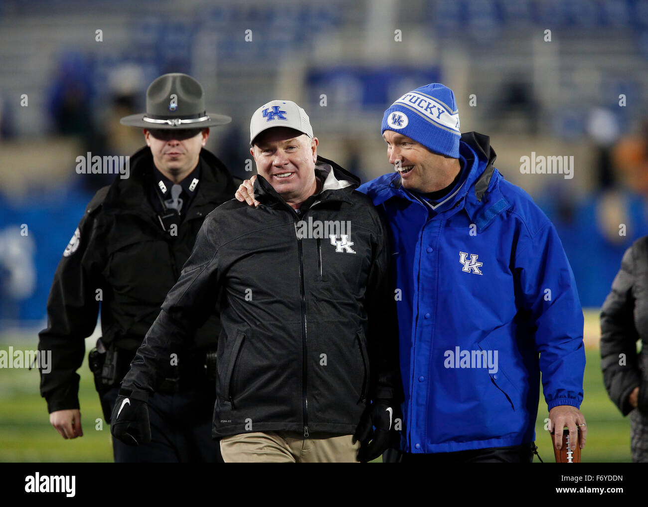 Lexington, KY, USA. 21st Nov, 2015. Coach Mark Stoops and UK Athletic Director Mitch Barnhart were all smiles as - Stock Image