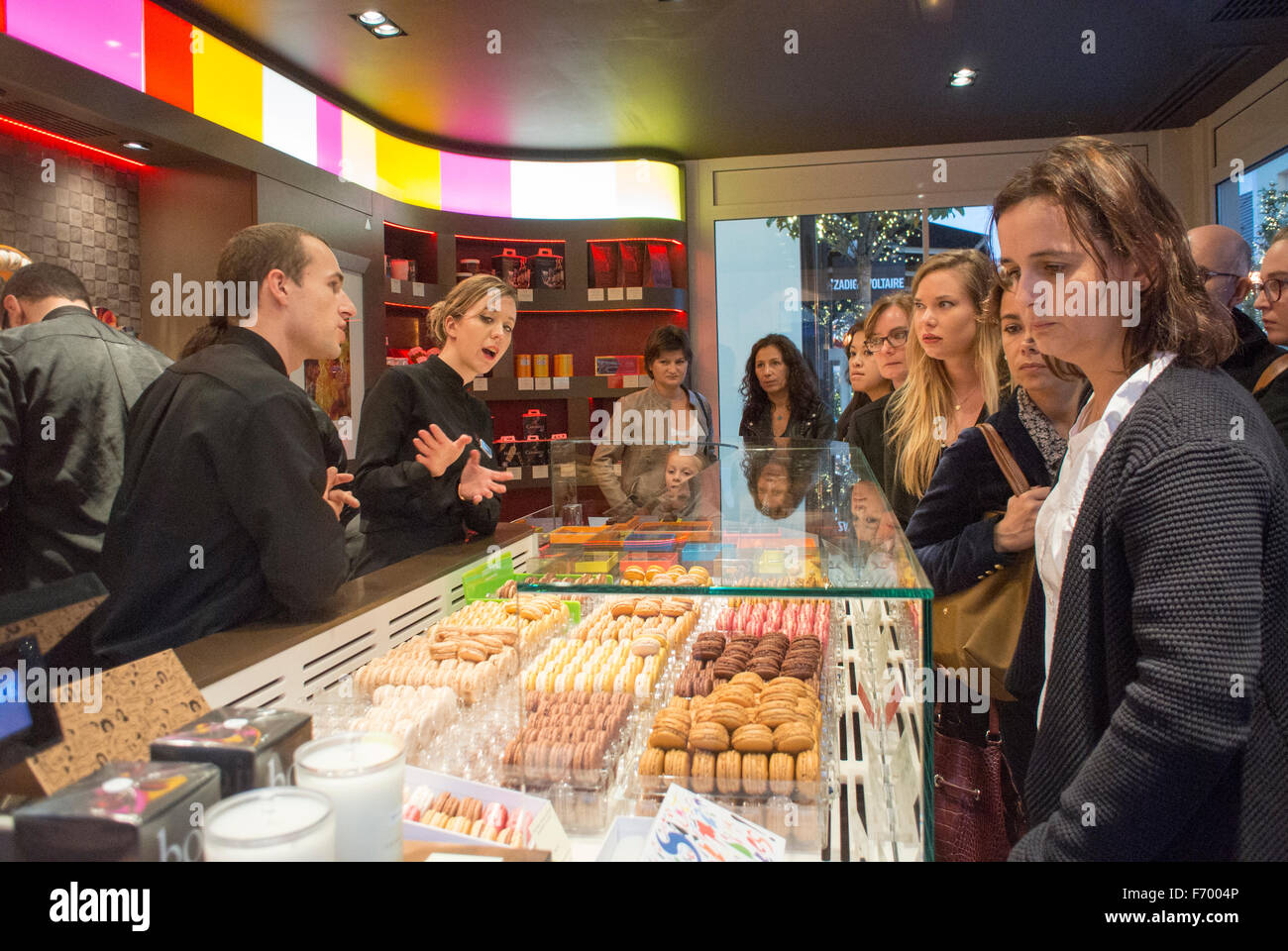 Paris, France, Women Shopping in Chocolate Shop 'Pierre Hermé' Chocolatier, Pastries, in Outlet Mall, - Stock Image