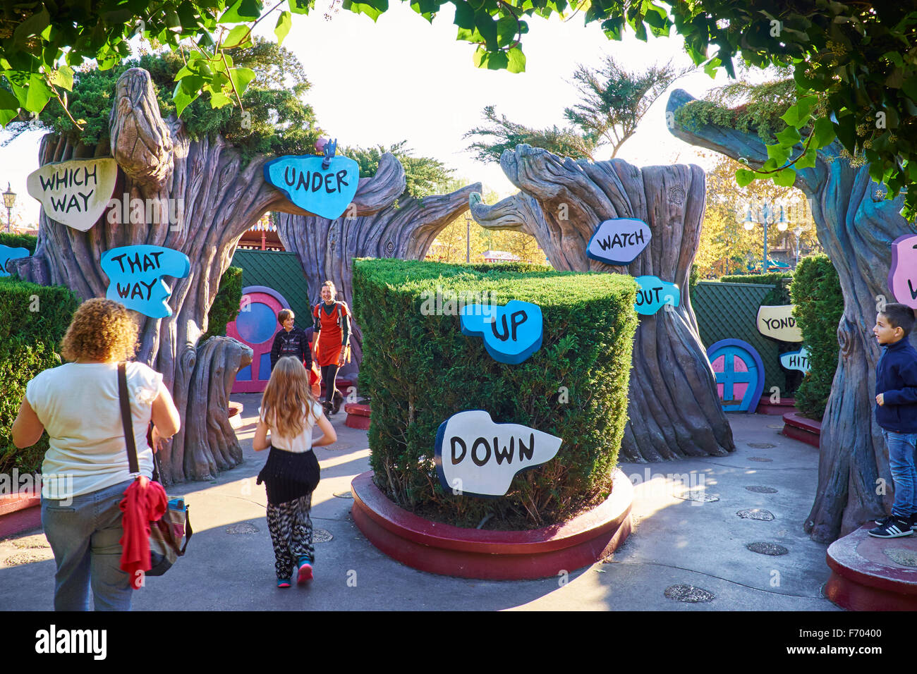 Entrance To Alice S Curious Labyrinth Within Fantasyland