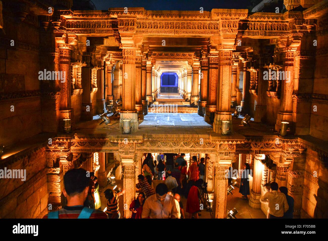 Ahmedabad, India. 21st Nov, 2015. The sounds of tabla, santoor and kartal melted effortlessly with keyboard, guitar - Stock Image