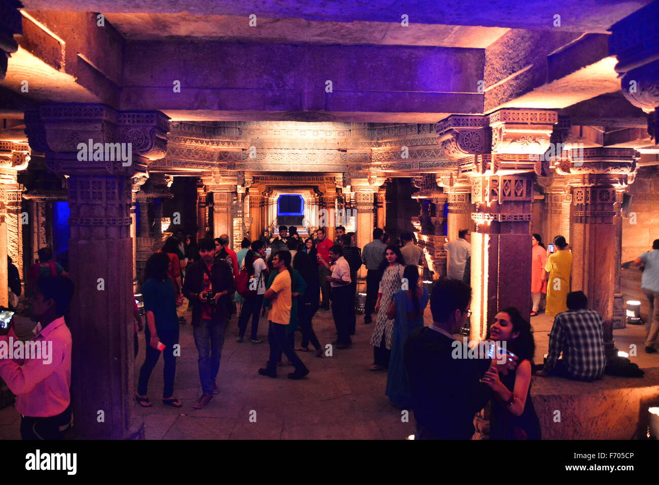 Ahmedabad, India, 21st Nov, 2015. The sounds of tabla, santoor and kartal melted effortlessly with keyboard, guitar - Stock Image
