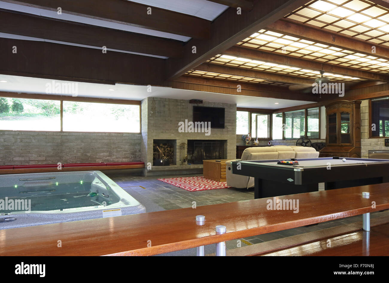 View of hot tub and family room from indoor/outdoor bar. Usonia ...