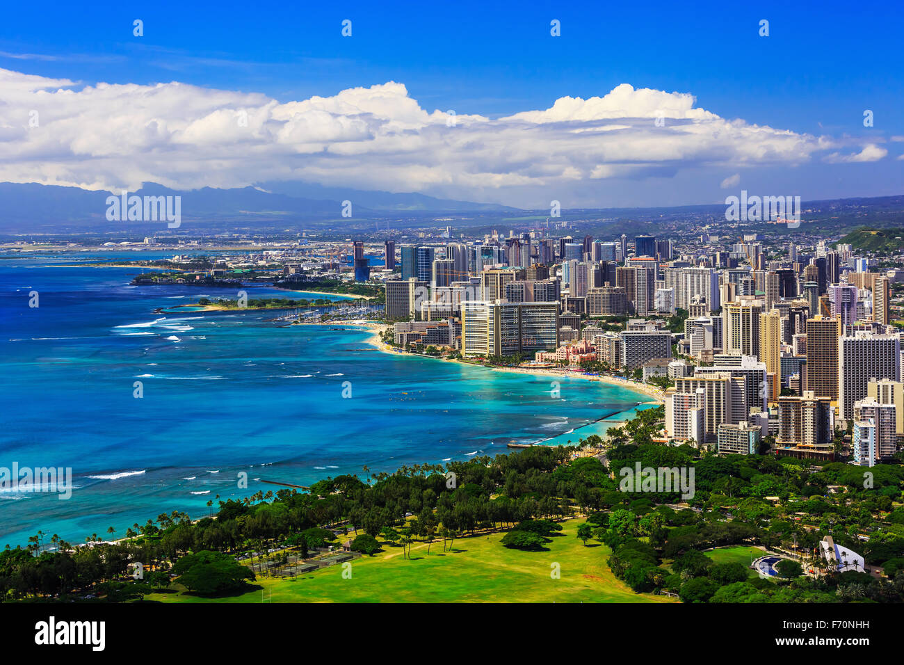 Skyline of Honolulu, Hawaii and the surrounding area including the hotels and buildings on Waikiki Beach - Stock Image