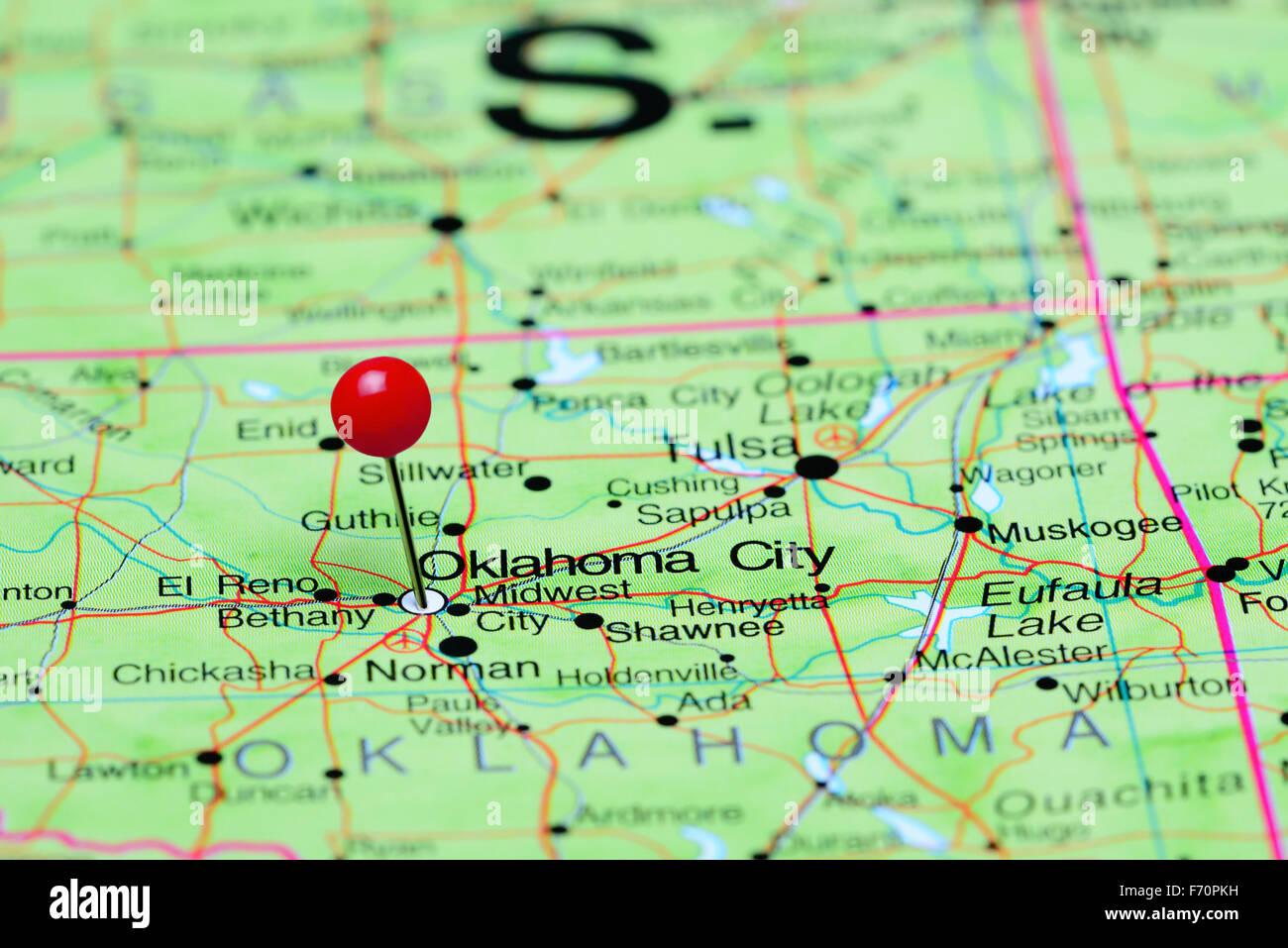 Oklahoma City pinned on a map of USA Stock Photo: 90372229 - Alamy on usa map tampa, usa map cartoon, usa map charleston, usa map virgin islands, usa map cincinnati, usa map grand rapids, usa map guam, usa map long island, usa map wichita, usa map harrisburg, usa map seminole, usa map buffalo, usa map texas, usa map by zipcode, usa map mobile, usa map fort lauderdale, usa map nd, usa map alaska, usa map georgia, usa map santa fe,