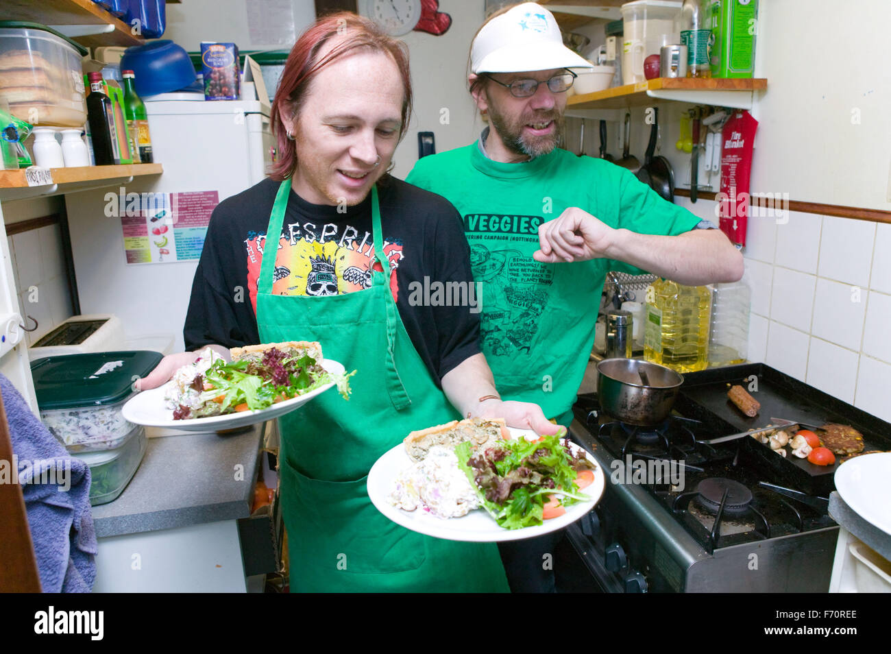 Catering Workers Stock Photos & Catering Workers Stock Images - Alamy