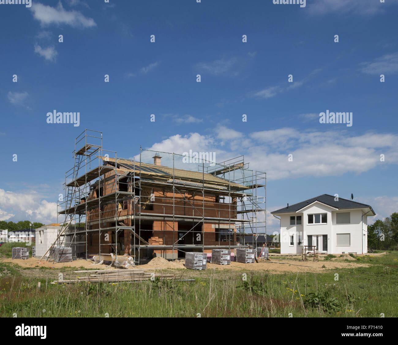 Housing construction, new housing estate, Lower Saxony, Germany - Stock Image