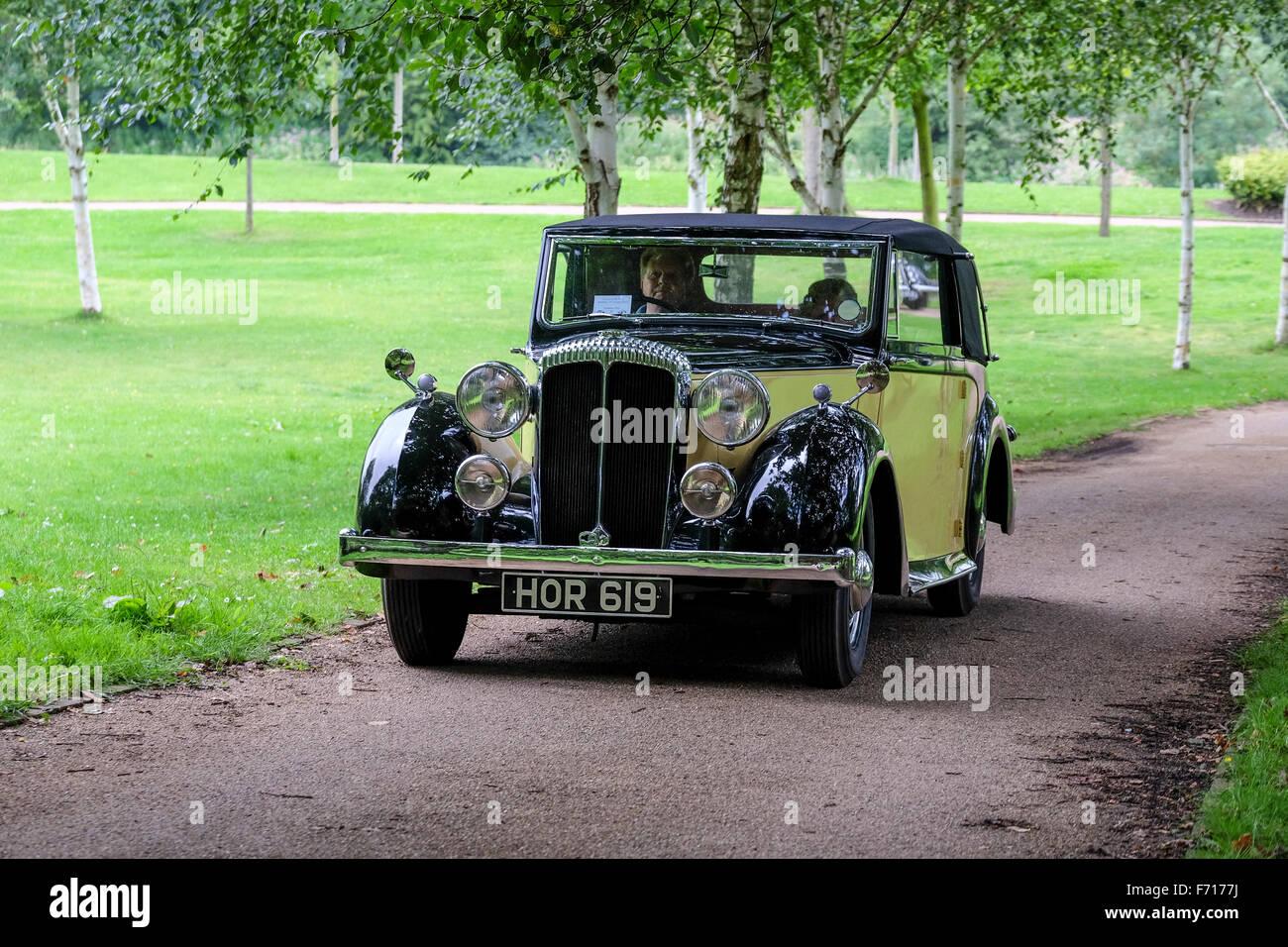 1947 Daimler motor car - Stock Image