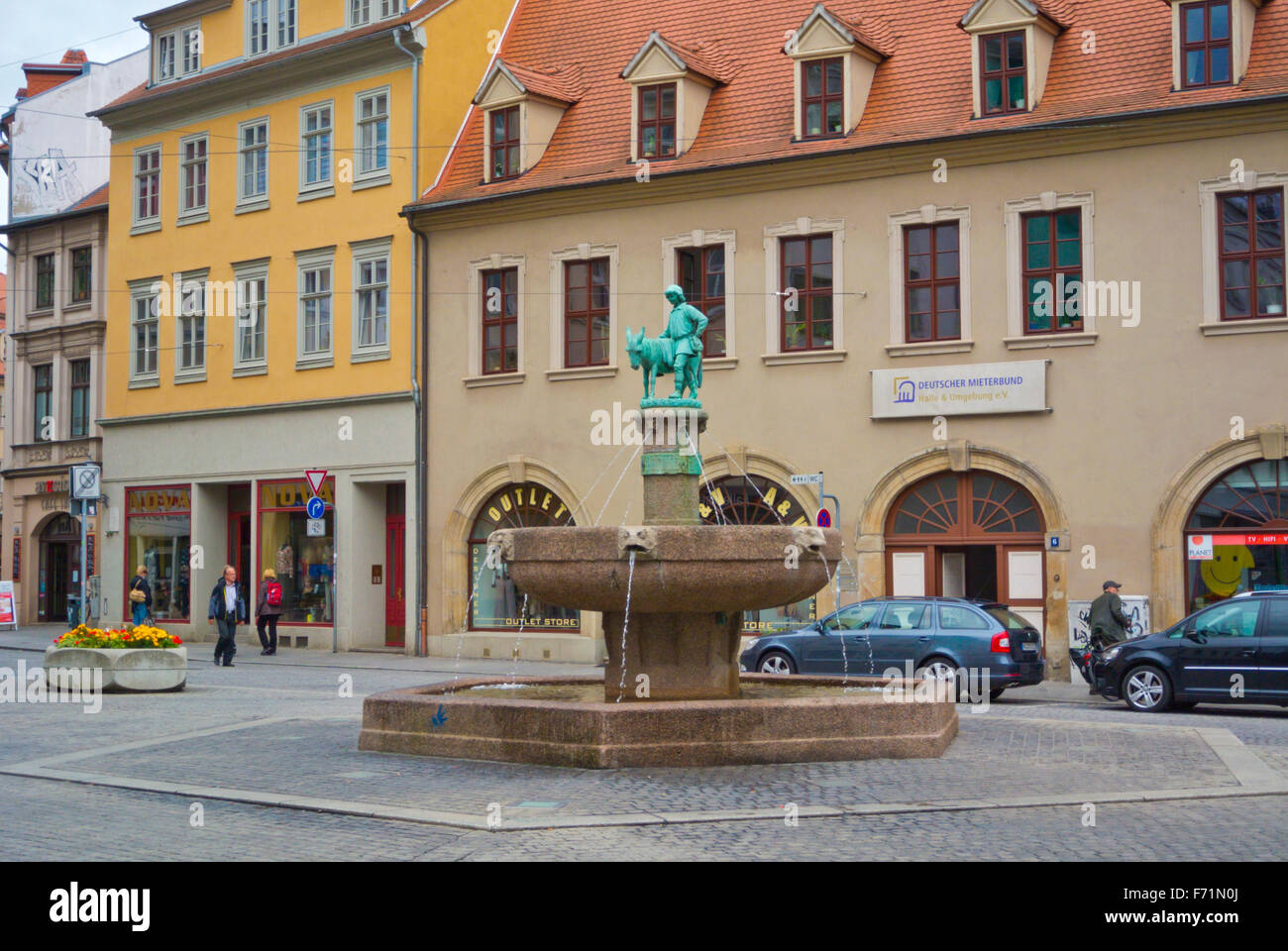 Alter Markt, with Eselsbrunnen fountain, Altstadt, old town, Halle, Saxony-Anhalt, Germany - Stock Image