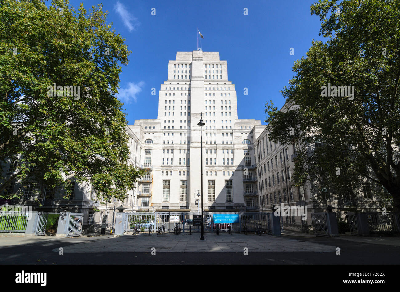 Senate House is the central building for the University of London, Bloomsbury, London, England, United Kingdom. - Stock Image
