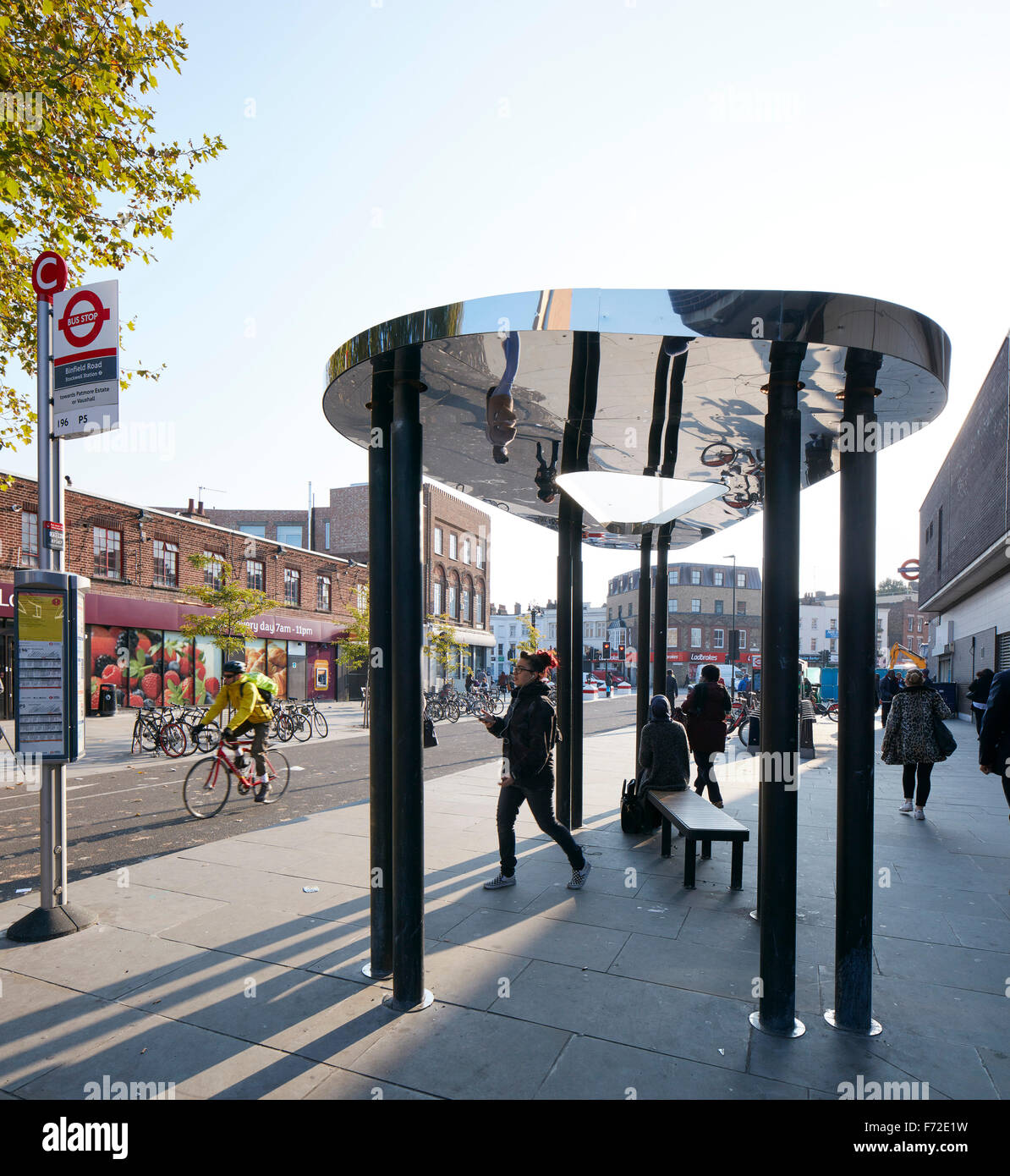 Bus shelter with view along Binfield Rd. Binfield Road Bus Shelter, Stockwell Framework Masterplan, London, United - Stock Image