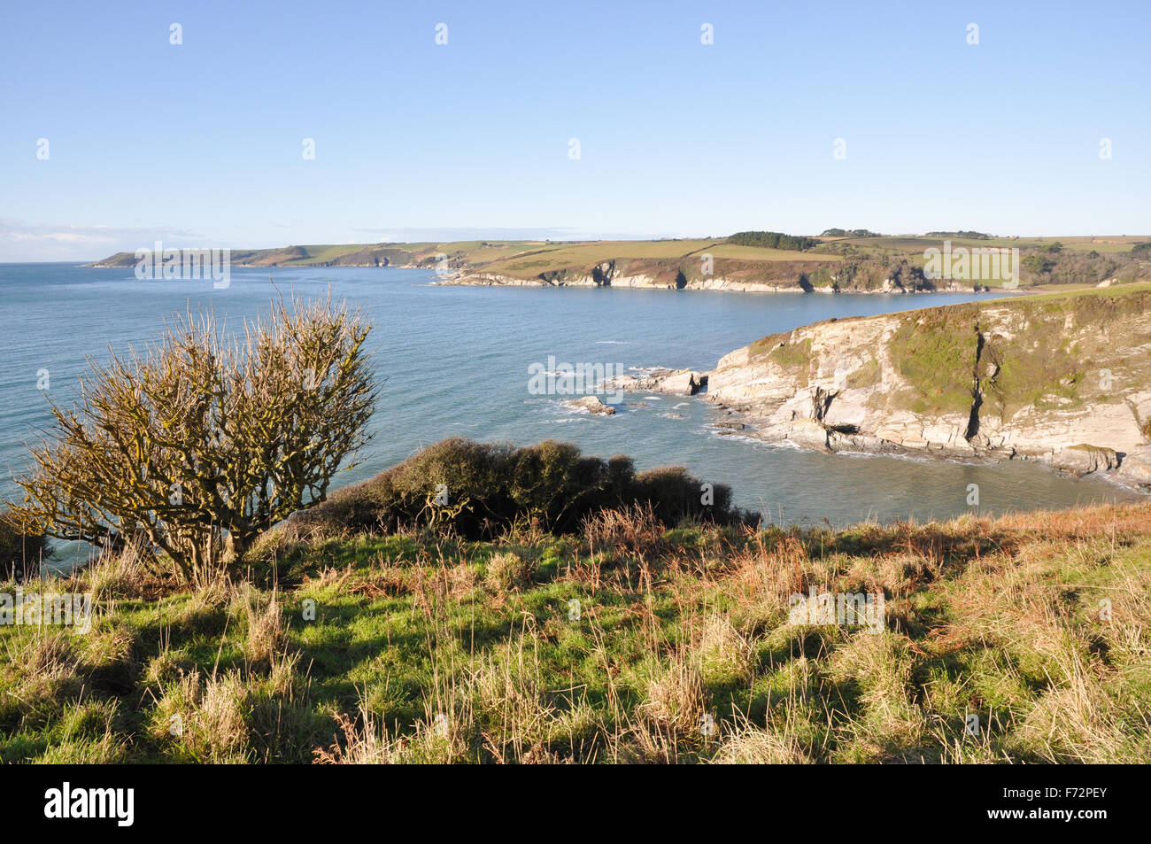 View west across mouth of River Erme from Redcove Point on SouthWest Coastal Path in Devon - Stock Image