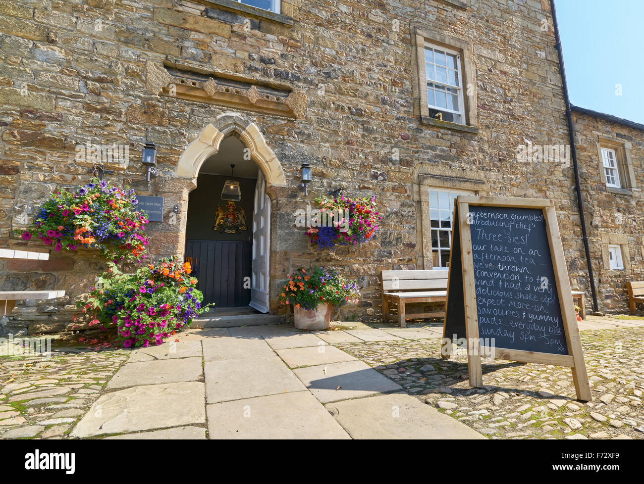 Lord Crewe Hotel, Blanchland village in County Durham, English countryside. - Stock Image