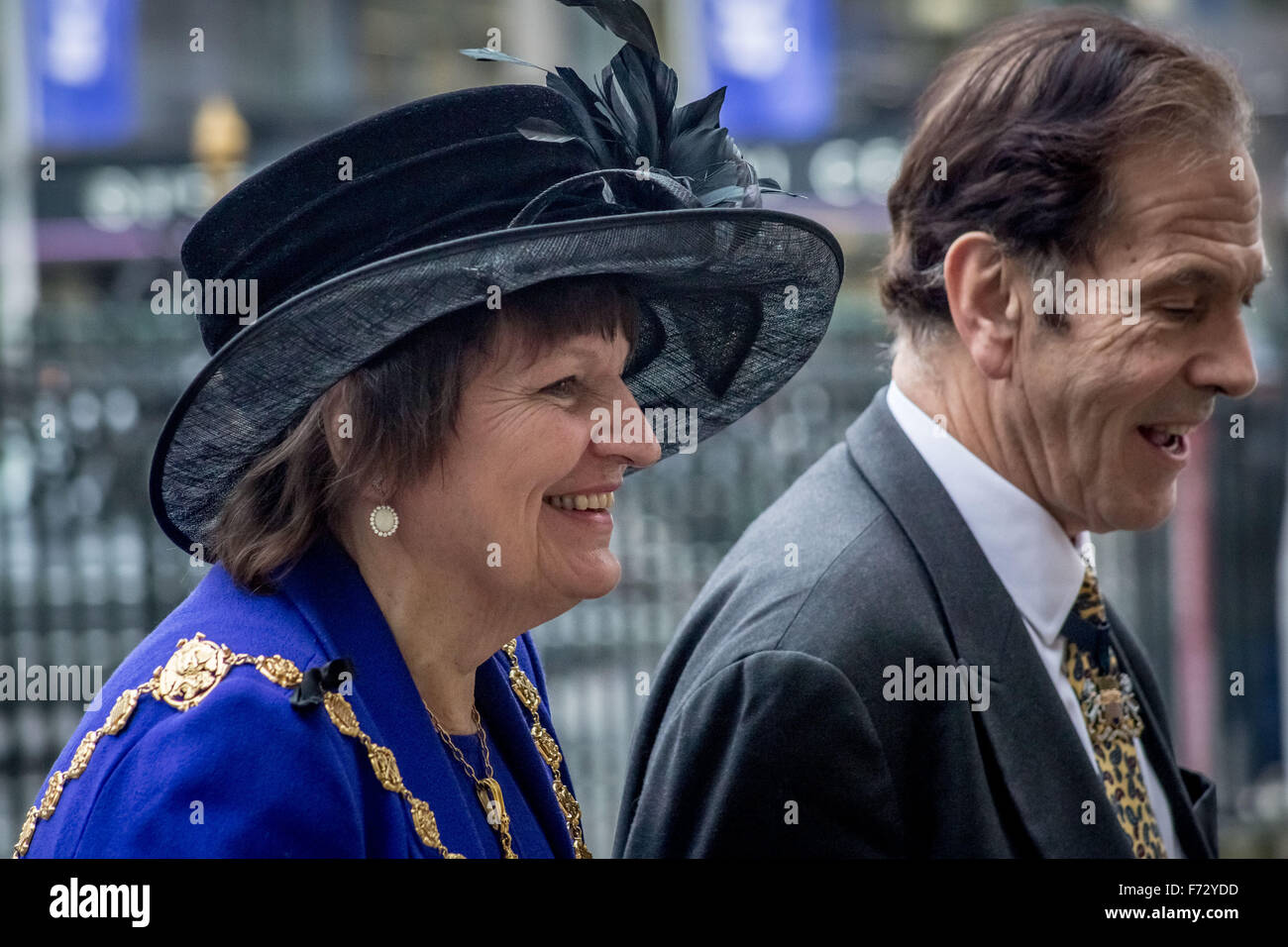 London, UK. 24th November, 2015. Jeffrey Evans the Lord Mayor of London arrives to attend the Tenth General Synod - Stock Image