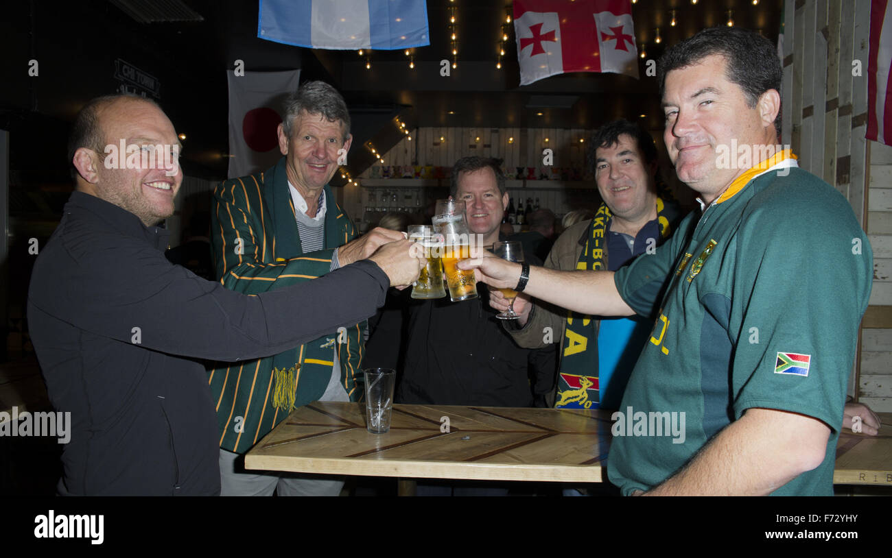The South African rugby team, who won the World Cup in 1995, arrive at Chicago Rib Shack in London to treat fans Stock Photo