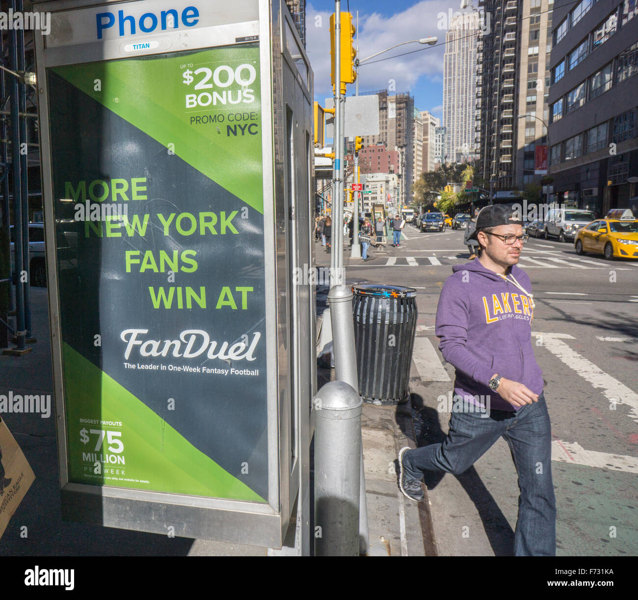 Advertising for the FanDuel fantasy football website in New York on Saturday, November 14, 2015. FanDuel and other - Stock Image