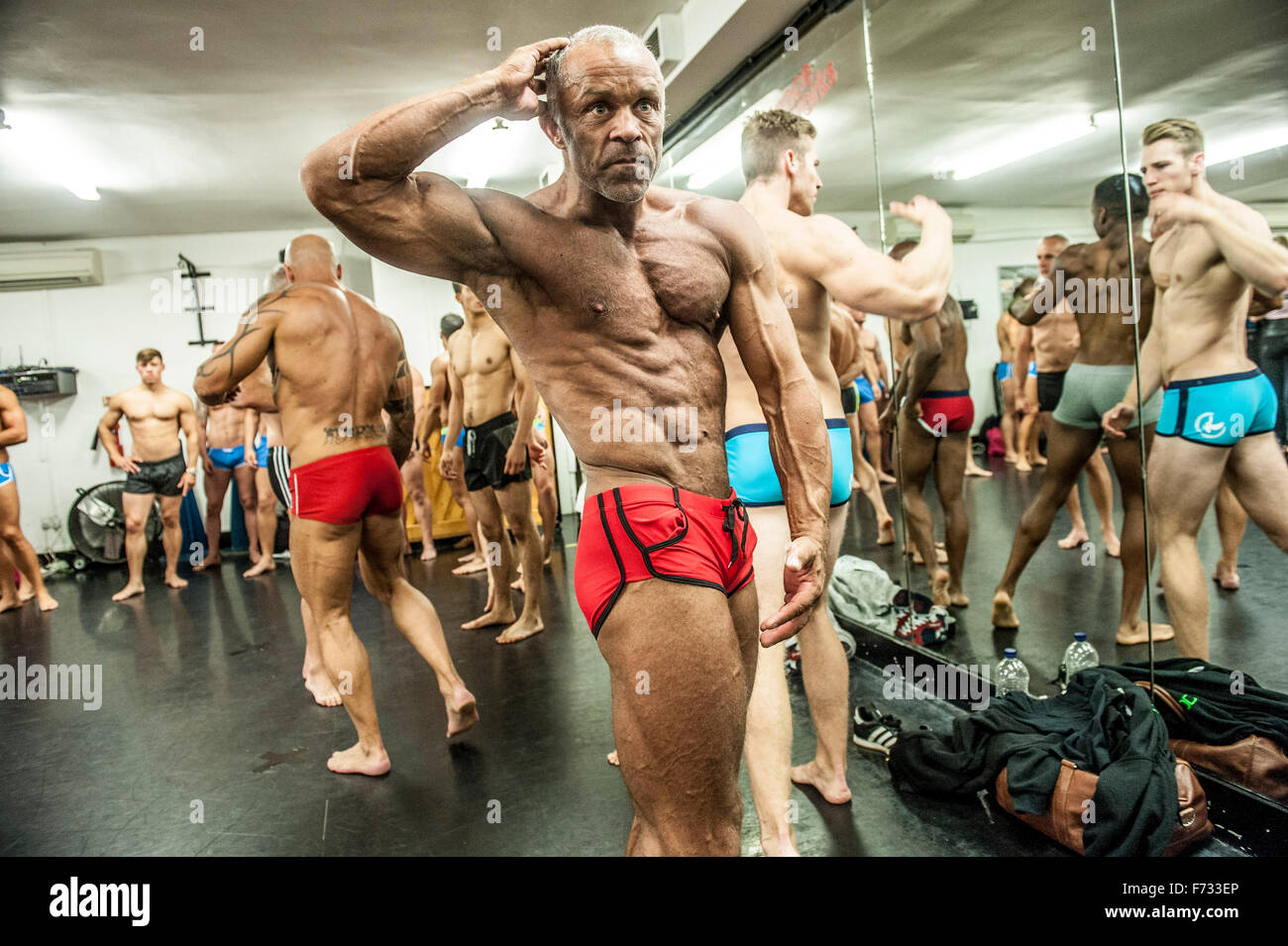 Kevin Beckman 49 personal trainer   contestants from all walks of life prep for the Pure Elite fitness model competition - Stock Image