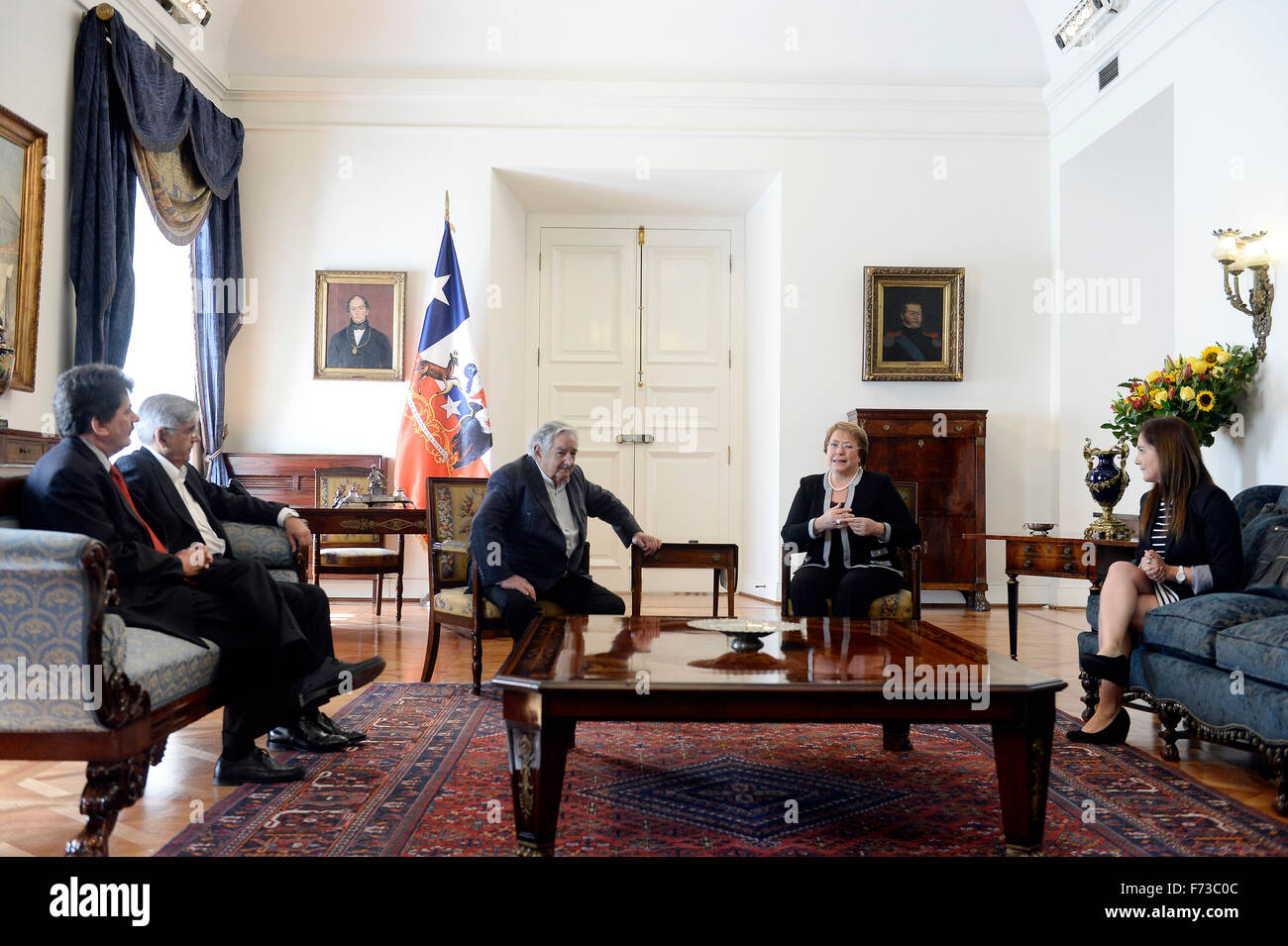 (151124) -- SANTIAGO, Nov. 24, 2015 (Xinhua) -- Image provided by Chile's Presidency shows Chilean President - Stock Image
