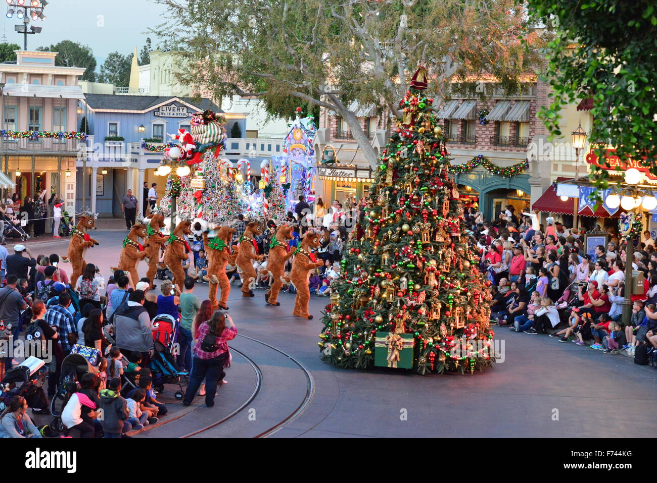 Christmas In Los Angeles.Disneyland Christmas Parade In Los Angeles Stock Photo