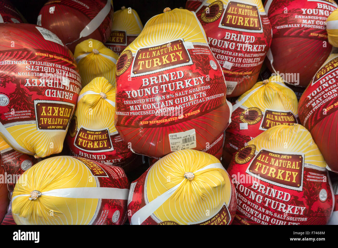 Trader Joe S House Brand Turkeys For Sale In A Trader Joe S Stock Photo Alamy