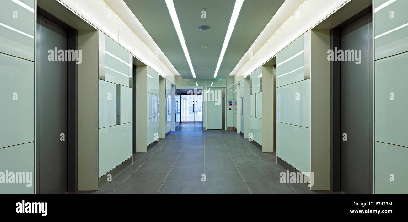 Lift foyer in Exchange Tower, Docklands, London, England, UK - Stock Image
