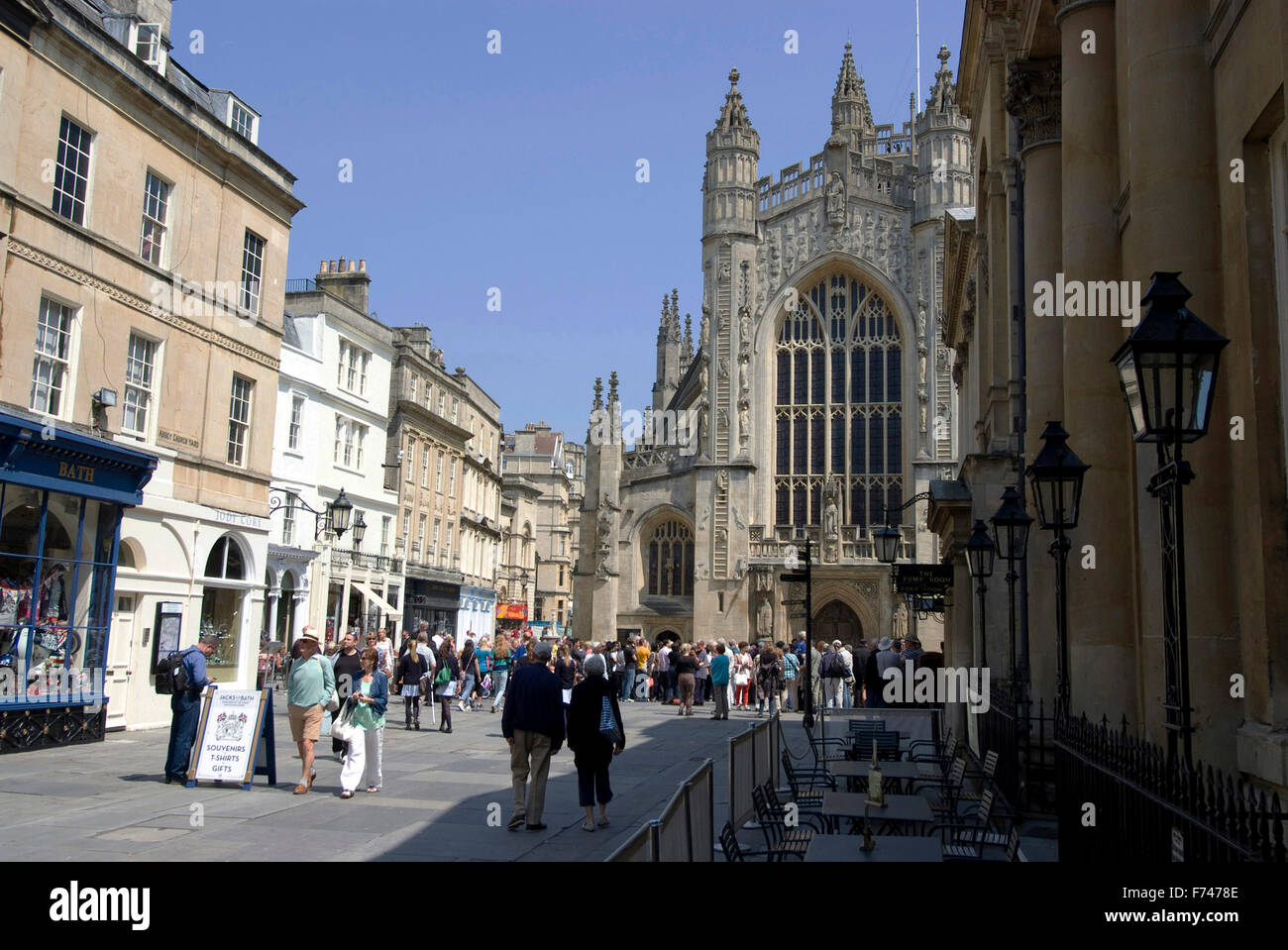 Pedestrian precinct in front of the west facing view of Bath Abbey, Bath, Somerset, England - Stock Image