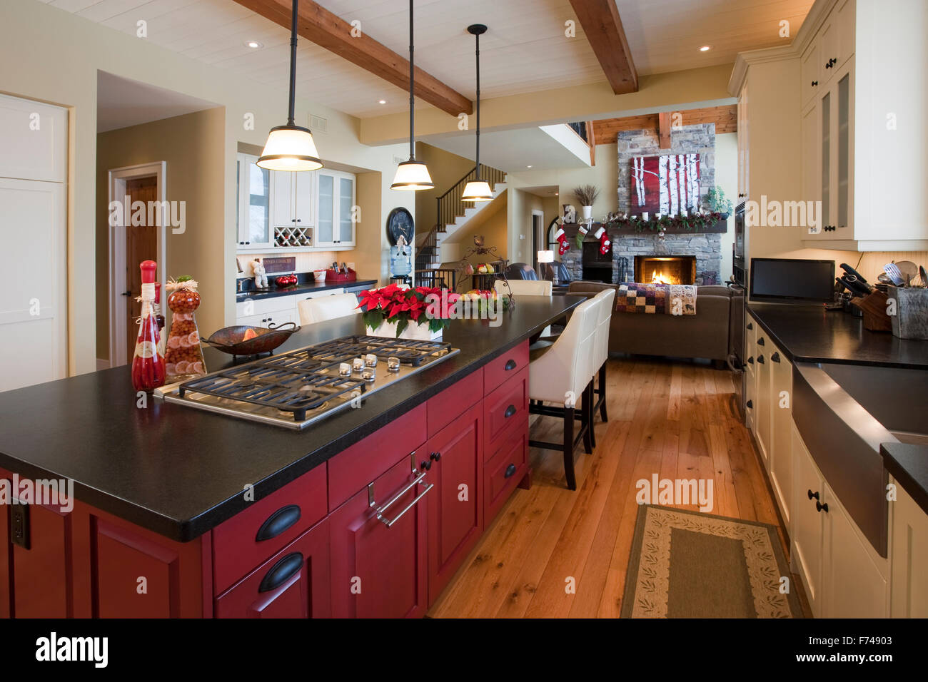 upscale kitchen with Christmas decorations - Stock Image