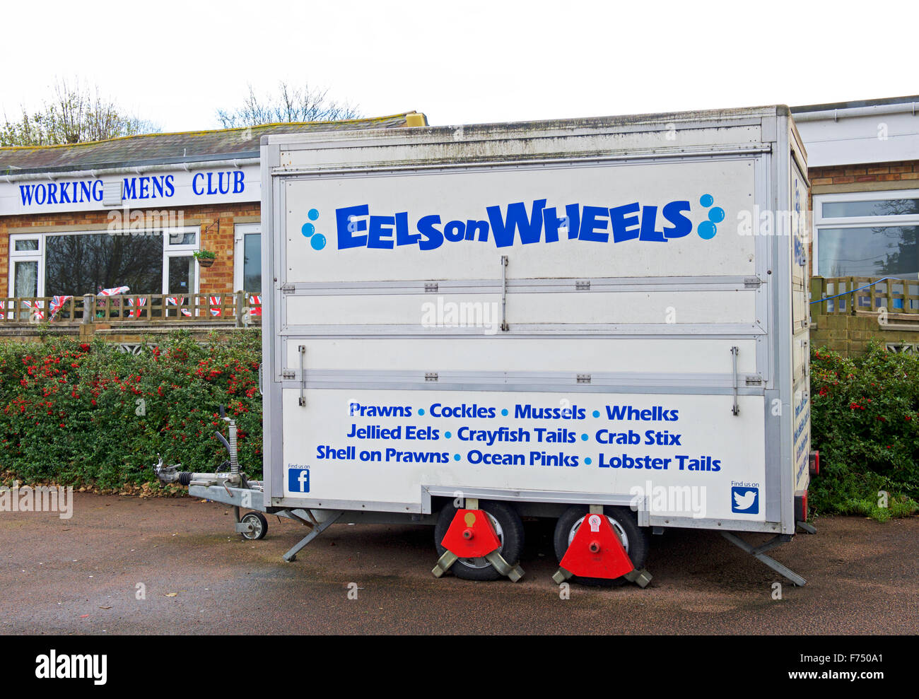Food stall - Eels on Wheels - parked outside working mens club, Isle of Sheppey, Kent, England UK - Stock Image